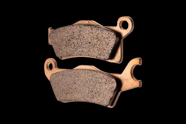 Тормозные колодки FA618 на BRP G2 Outlander 1000 Max 4 x 4  2013 передние левые